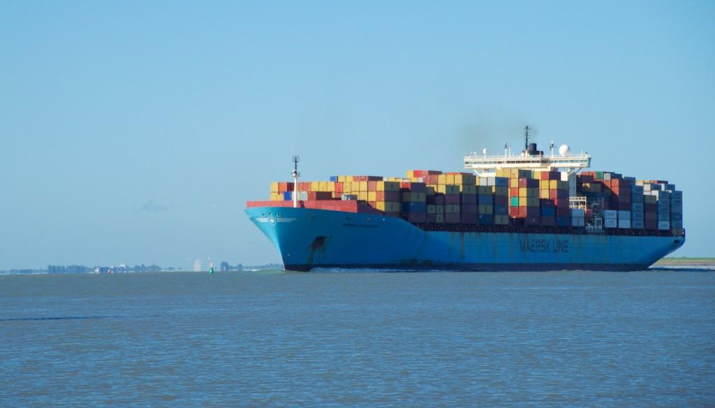 Containerschip MAERSK KARLSKRONA op de Schelde (2)