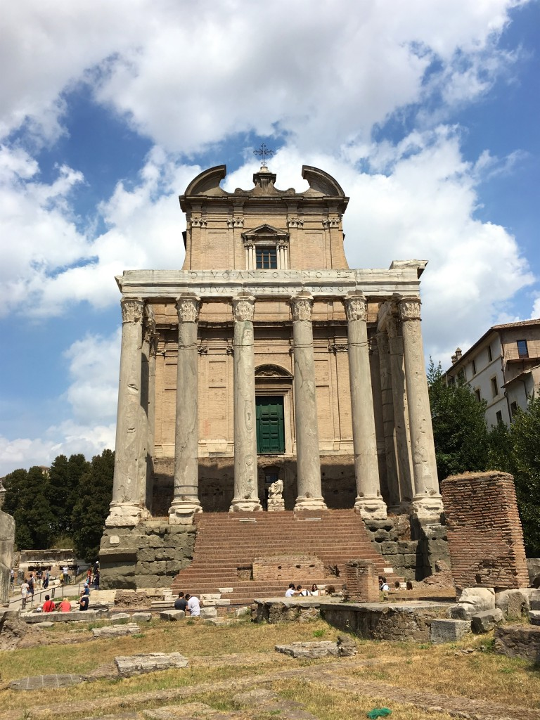 Tempel van Antoninus en Faustina